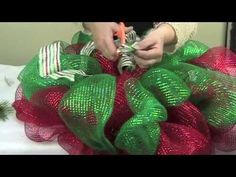 ▶ Deco Mesh Wreath - YouTube