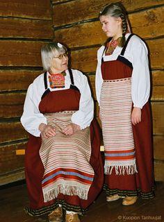 Google Image Result for http://www.kuopiontanhuujat.fi/images/naiset/rautu-sakkola_nainen.jpg