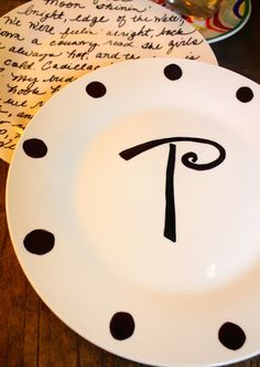 sharpie decorated plates~coolness!