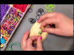 Create a Fish Tail Stretch Band Bracelet  #kids #crafts #stretchband #loopband #loombracelet
