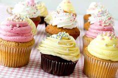 Cupcake Birthday Party #SAHM #party #kids