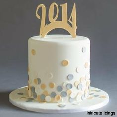Intricate Icings - new years cake