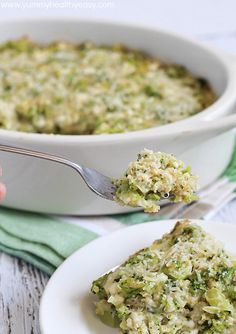 Broccoli Quinoa Casserole - easy and clean-eating creamy casserole loaded with healthy proteins and vegetables!