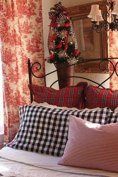 pillow, opul cottag, plaid, toil, christma bedroom, cottages, bedrooms, gingham christma, christmas bedroom