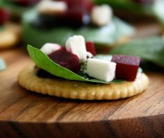 goat cheese beets cracker appetizers / party food
