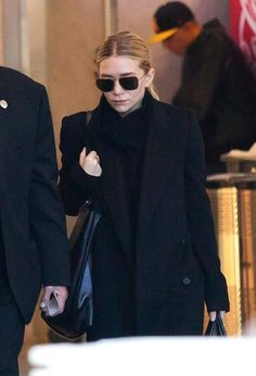 ASHLEY OLSEN | BLACK ON BLACK