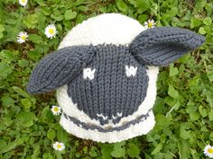 Ravelry: Little Sheep Hat for Babies pattern by Sylvia Leake