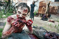 """Mmm, Braaaains! Recipe for """"edible"""" make up effects"""