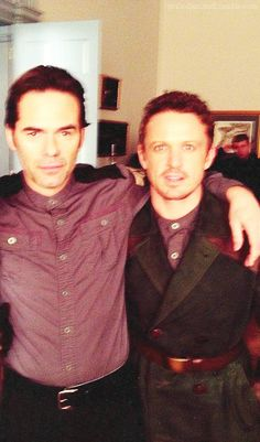 Revolution Billy and David #bromance #revolution #nbcrevolution #billyburke #davidlyons