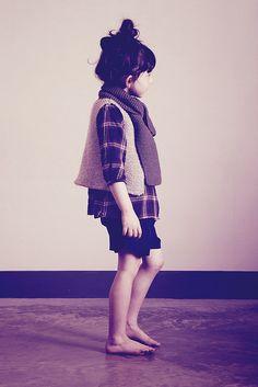 hambro&miller by Paul+Paula, via Flickr garter scarf, stone