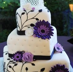 Amazing purple wedding cakes : Wedding Clan