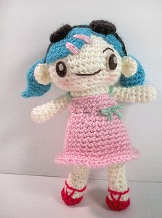 summer amigurumi doll
