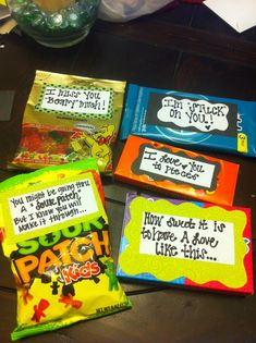 Helllo candy grams. Sayings to go with different candies for a cute pick me up or gift to a friend!