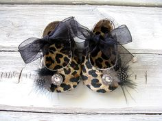 CollectiveCreationsC on etsy. so so cute.