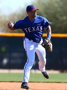 Seahawks QB Russell Wilson works out with the Texas Rangers