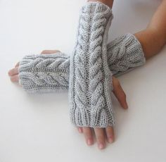 Fingerless Gloves. Anyone wanna knit these for me???