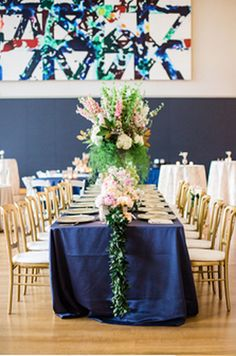 Amazing Head Table |