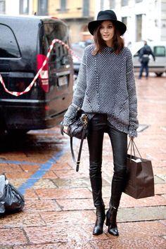 < black + gray >