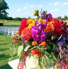 Taryn + Taylor Outdoor Wedding Bouquet | @fsdallas | Events by @mullen_kristin