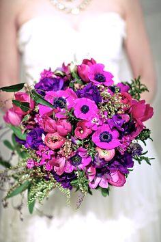 Deep purple and raspberry bouquet by @nancyliuchin #wedding #bouquets
