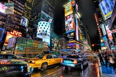 Best Travel Photo Blogs (Image: NYC Times Square Great Photography)