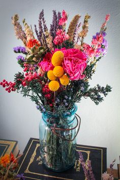 Gorgeous Dried Flowers in blue mason jars!