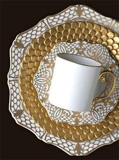 L'Objet Alencon Gold & Aegean Dinnerware | Gracious Style