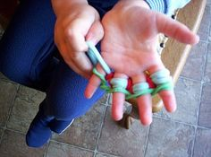 Great craft for all those potholder loom loops.  Hanna made one years ago at Quaker meeting and Haydn loves it!