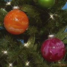 Day 7: Crayon #Ornament! #DIY #Craft #Christmas #TheChew
