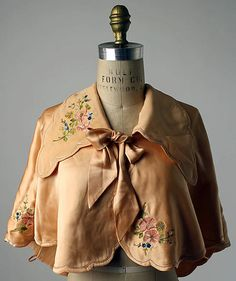 Bed Jacket - 1920-1939  (Metropolitan Museum of Art)