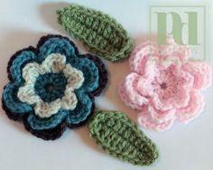 Crochet flower w/leaves