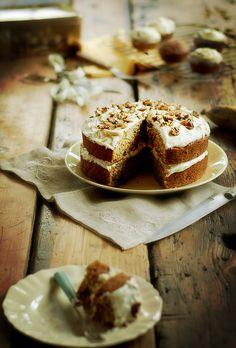 carrot & banana cake with cream cheese icing