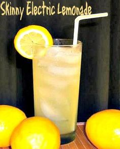 Skinny Electric Lemonade. Here's an excellent low calorie version of the Electric Lemonade. With a full measure of vodka, fresh orange juice and sour mix it has only 115 calories but packs a lot of lip-smacking, refreshing flavor.  #lemonade #lowcalorie #cocktail
