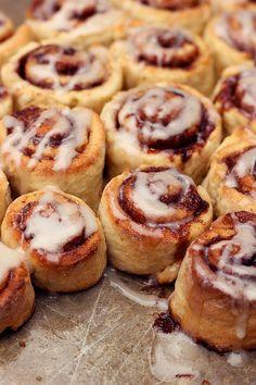 Gluten-free Cinnamon Rolls (with Dairy-free options)