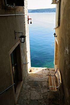 Sea Passage, Rovinj, Croatia benches, croatia photo, seas, sea passag, vacat, europ, travel, place, rovinj