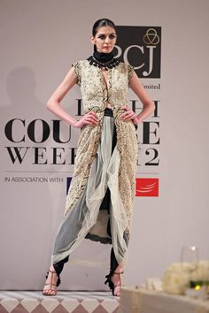 Anamika Khanna Delhi Couture Week