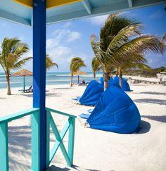 Sun, sand, and sea. #cococay #bahamas