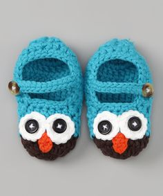 How precious are these? Blue Owl Crochet Booties! I would consider making them into Cookie Monster booties. Easy conversion! Or Elmo, in red!