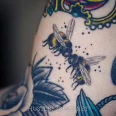 Kissing bumblebees!!