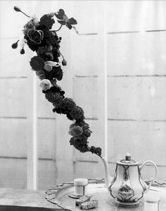 teapot steam roses