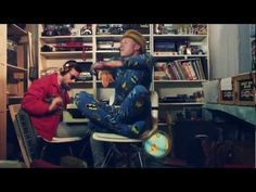 ▶ MACKLEMORE & RYAN LEWIS - THRIFT SHOP FEAT. WANZ (OFFICIAL VIDEO) - YouTube