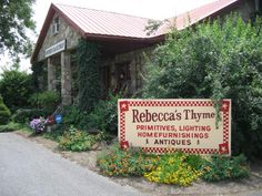 Rebeccas Thyme will be missed. Rebeccas store just outside Pigeon Forge was a favorite shop with the loveliest owner. favorit shop