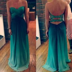 Beautiful. The colors are like my senior prom dress