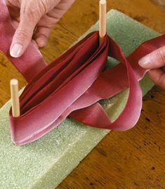 Making Christmas bows