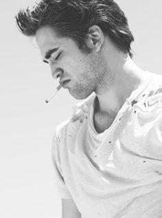 lip, rob pattinson, robert pattinson smoking, beauti peopl, hotti, celeb smoke, men, people, boy