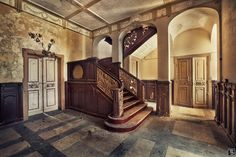 Rise and fall | Sven Fennema - Photo Art | Photography | Panography abandon castl, architectural photography, count, castles, angl, places, sven fennema, abandon place, memoir