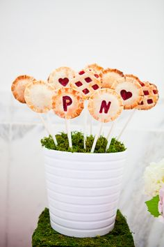 Colorful Patterned Pie Pops Picture wedding favors, idea, piepop, weddings, food, pie pops, mini pies, cake pops, dessert