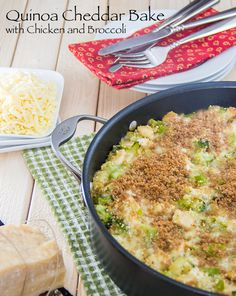 Quinoa-Cheddar-Bake-with-Chicken-and-Broccoli-(Easy-and-Healthy!)