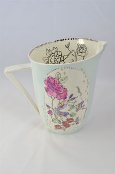 Lowri Davis - #Lowri #Davis #ceramics #art #pitcher #flowers #dishes
