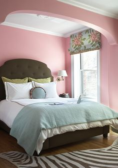 The perfect pink? Brooklyn bedroom with Dorothy Draper fabric, egg blue